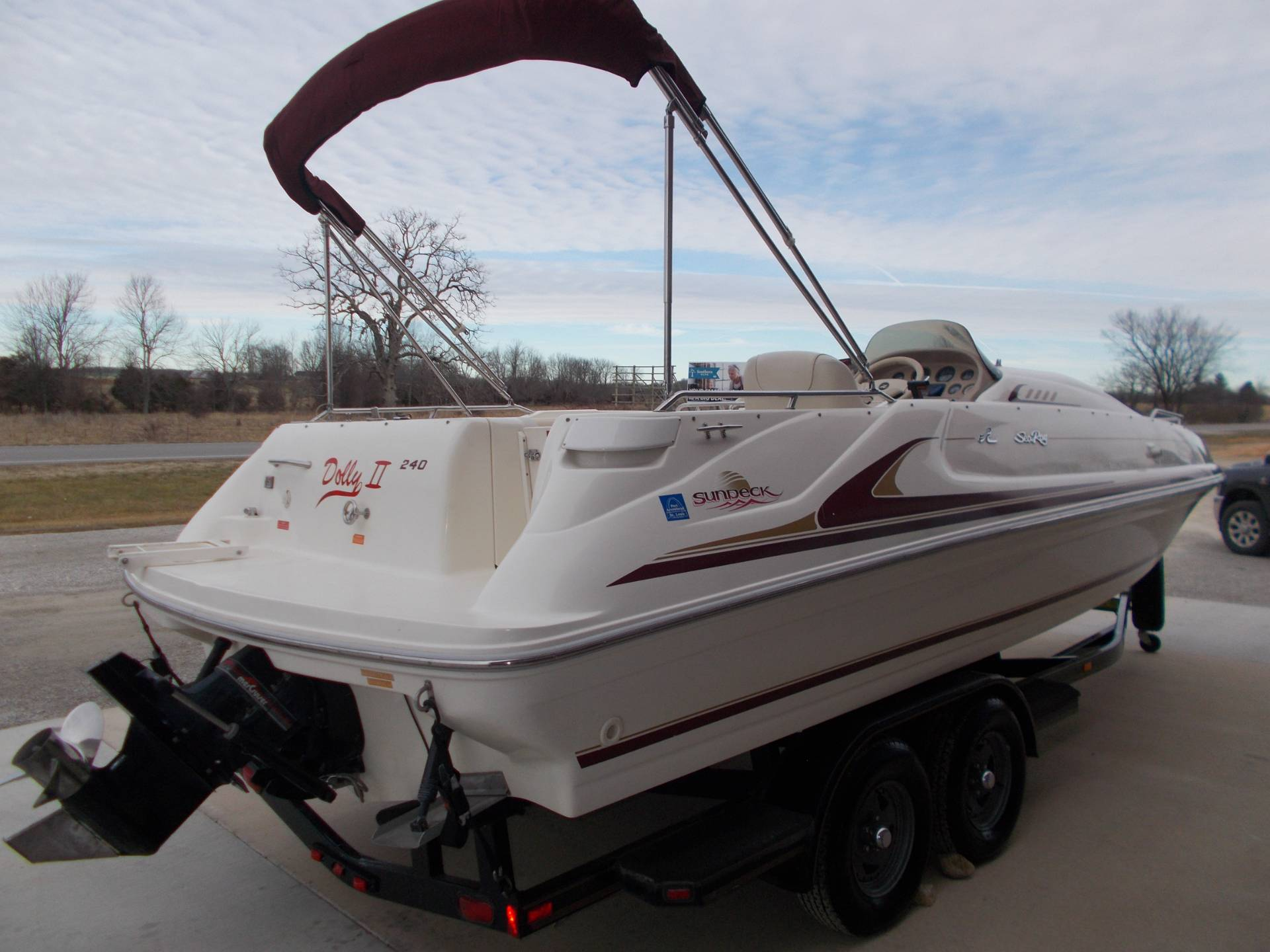 1996 SEARAY SUNDECK 240 W/ 5.7L I/OW/ '96 TRAILER in West Plains, Missouri - Photo 9