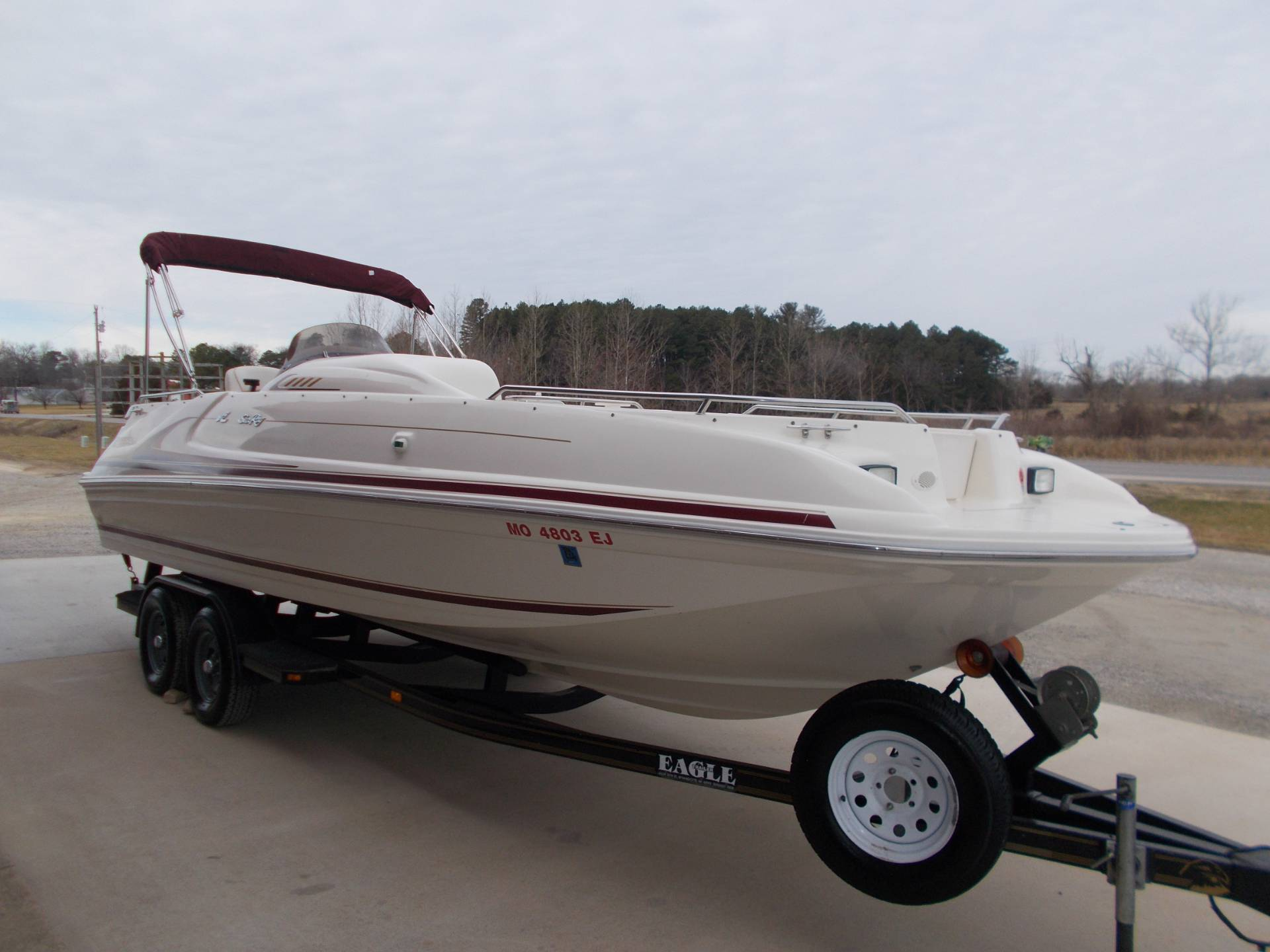 1996 SEARAY SUNDECK 240 W/ 5.7L I/OW/ '96 TRAILER in West Plains, Missouri - Photo 8