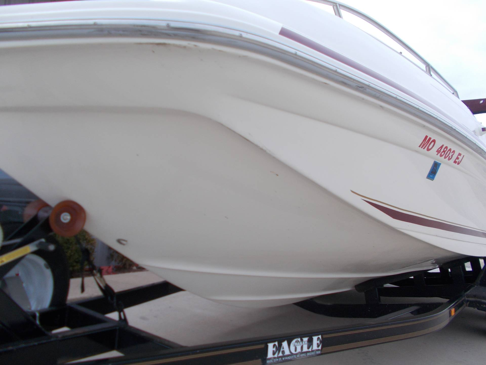 1996 SEARAY SUNDECK 240 W/ 5.7L I/OW/ '96 TRAILER in West Plains, Missouri - Photo 12