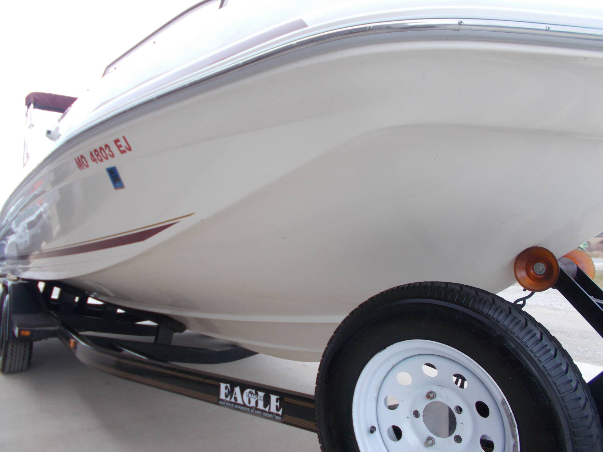 1996 SEARAY SUNDECK 240 W/ 5.7L I/OW/ '96 TRAILER in West Plains, Missouri - Photo 13