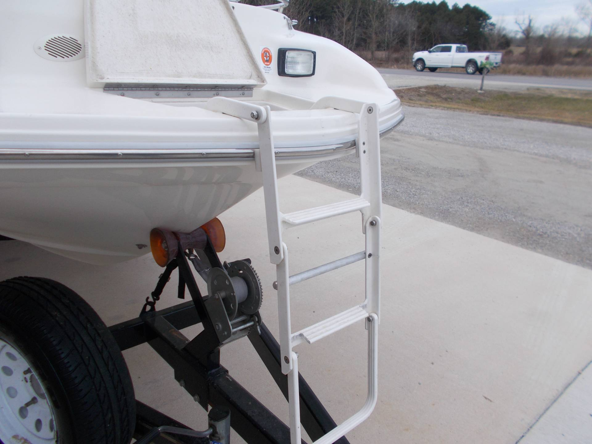 1996 SEARAY SUNDECK 240 W/ 5.7L I/OW/ '96 TRAILER in West Plains, Missouri - Photo 38