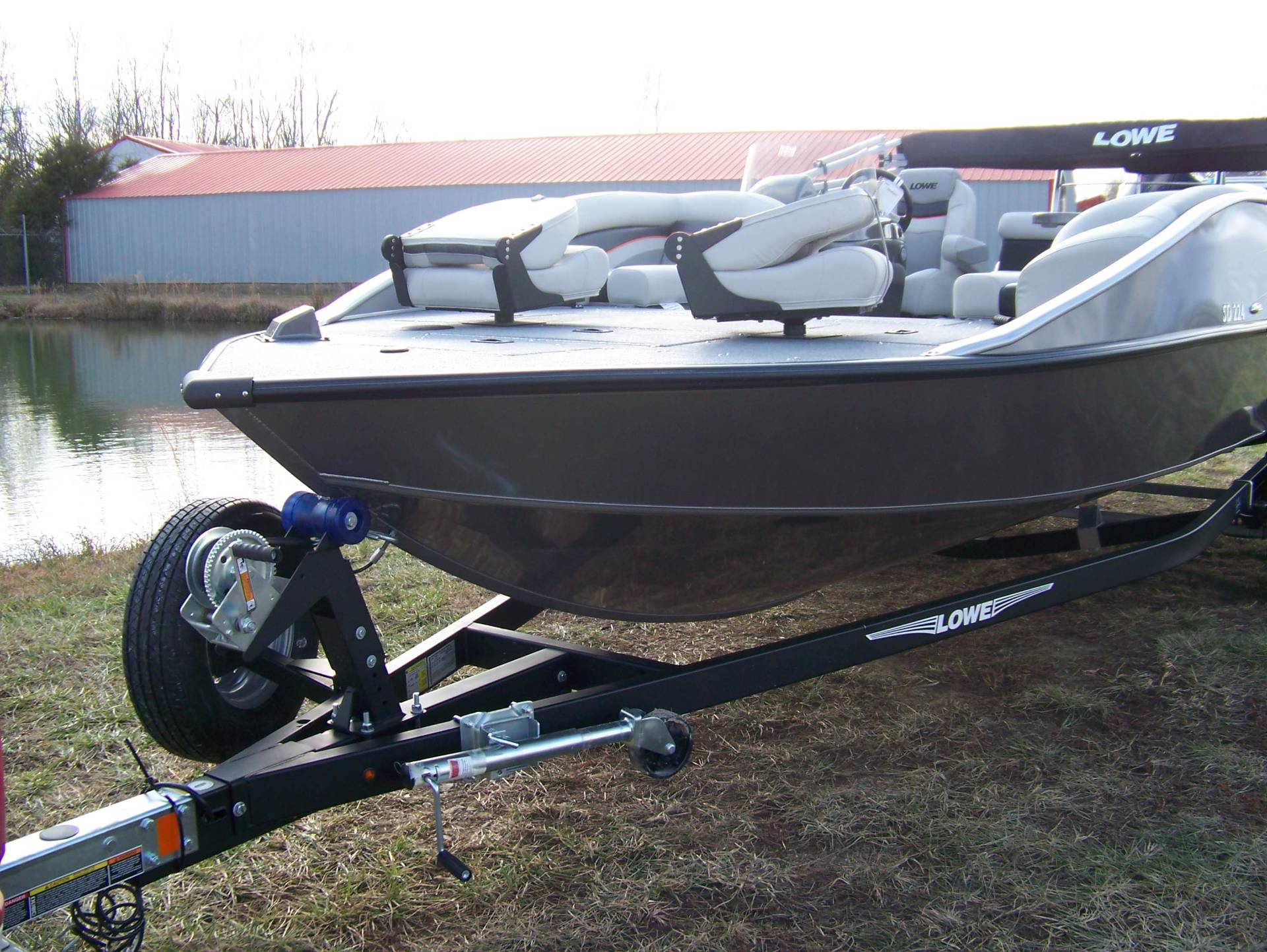 2019 Lowe SD224 DECK BOAT W/ MERCURY 175 & TRAILER in West Plains, Missouri - Photo 1