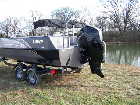 2019 Lowe SD224 DECK BOAT W/ MERCURY 175 & TRAILER in West Plains, Missouri - Photo 3