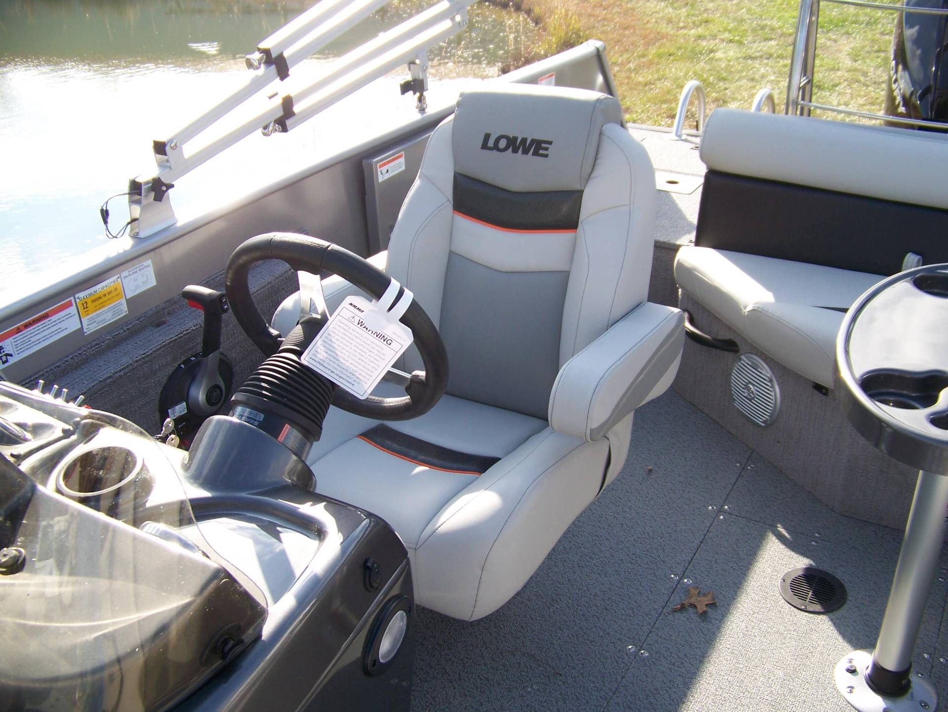 2019 Lowe SD224 DECK BOAT W/ MERCURY 175 & TRAILER in West Plains, Missouri - Photo 7