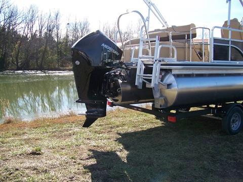 2019 Lowe SS230 CL TRIPLE LOG W/ MERCURY 200 4S & TRAILER in West Plains, Missouri - Photo 10