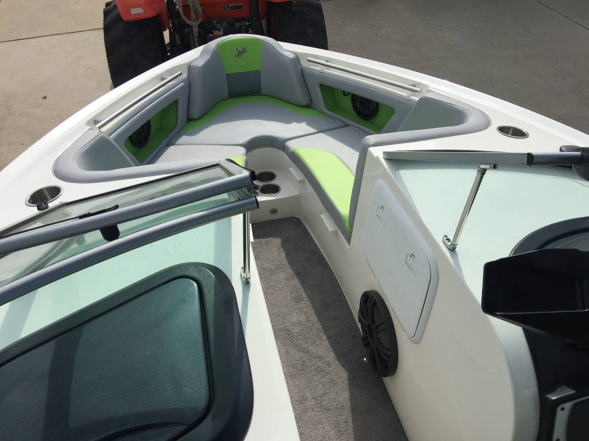 2015 Gekko Boats Revo 7.1 in Willis, Texas