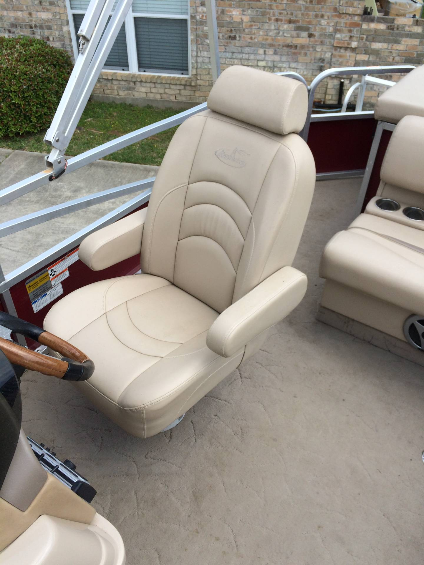 2010 Misty Harbor 2085DR Royale Cruiser in Willis, Texas