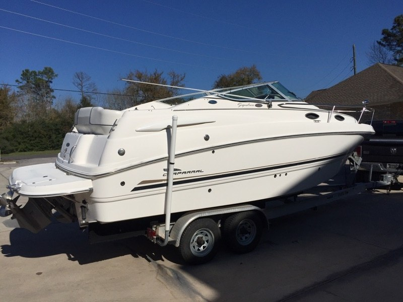 2004 Chaparral Signature 240 in Willis, Texas