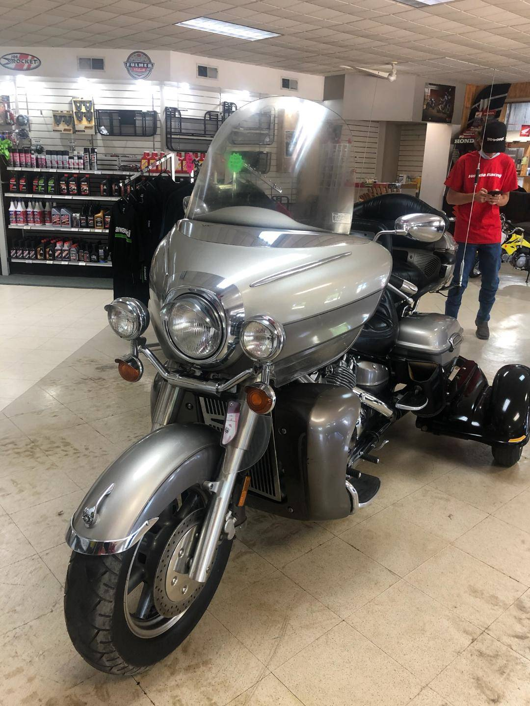 2002 Yamaha Royal Star Venture in Starkville, Mississippi - Photo 1