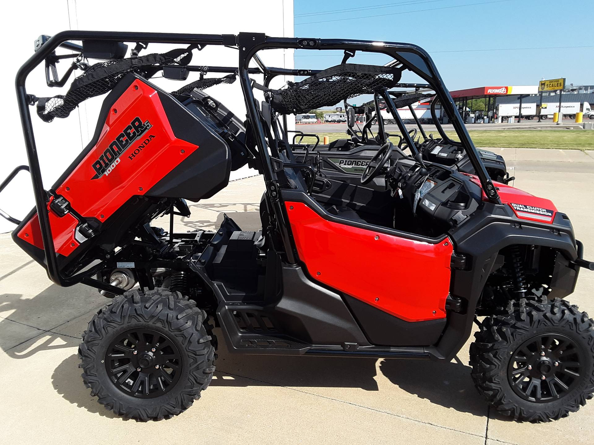 2021 Honda PIONEER 1000 - 5 DELUXE in Salina, Kansas - Photo 3