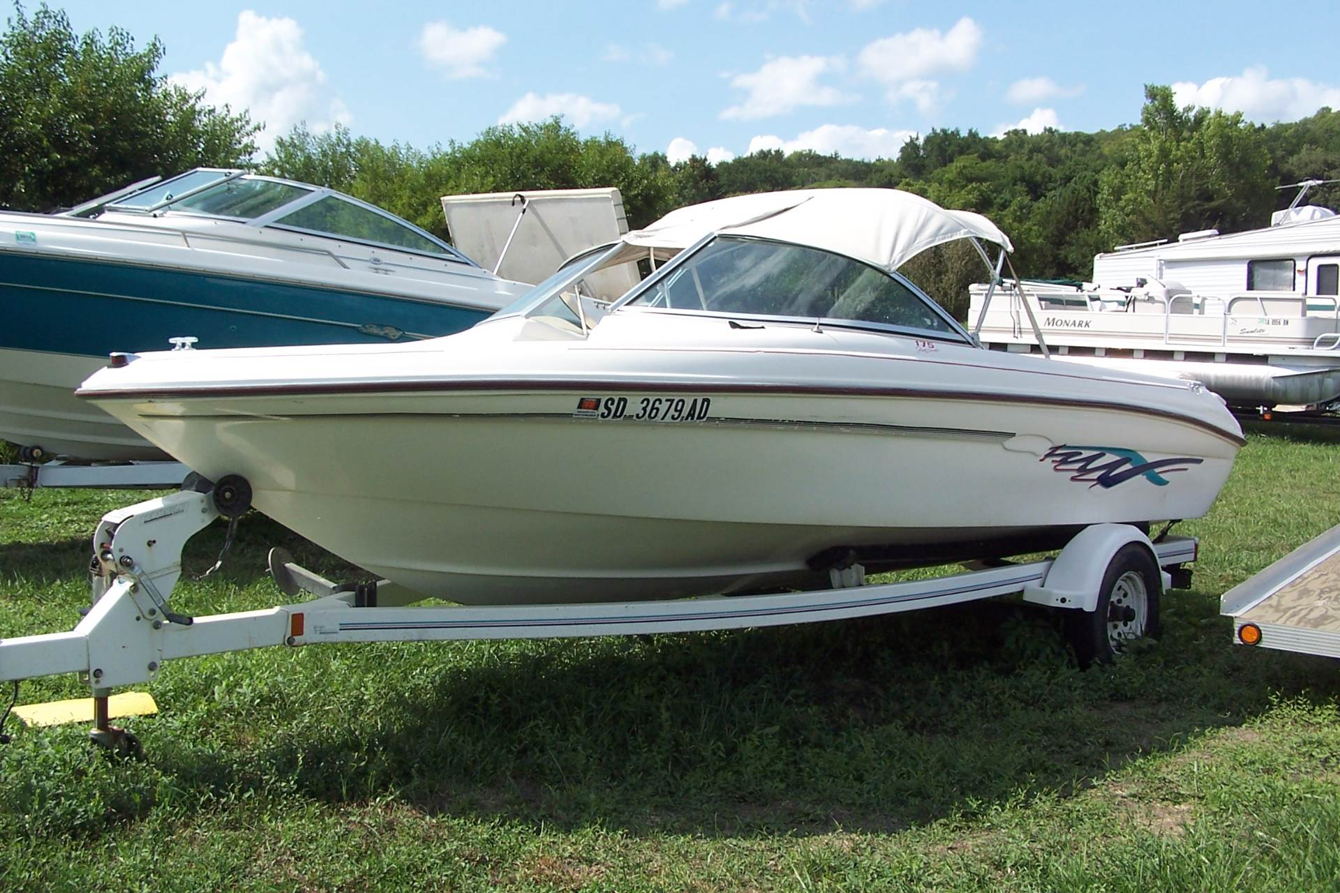 1995 Sea Ray 175 series bow rider in Yankton, South Dakota