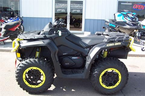 2019 Can-Am Outlander XT-P 1000R in Yankton, South Dakota
