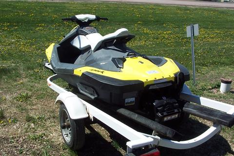 2015 Sea-Doo Spark™ 2up 900 H.O. ACE™ iBR Convenience Package in Yankton, South Dakota - Photo 3