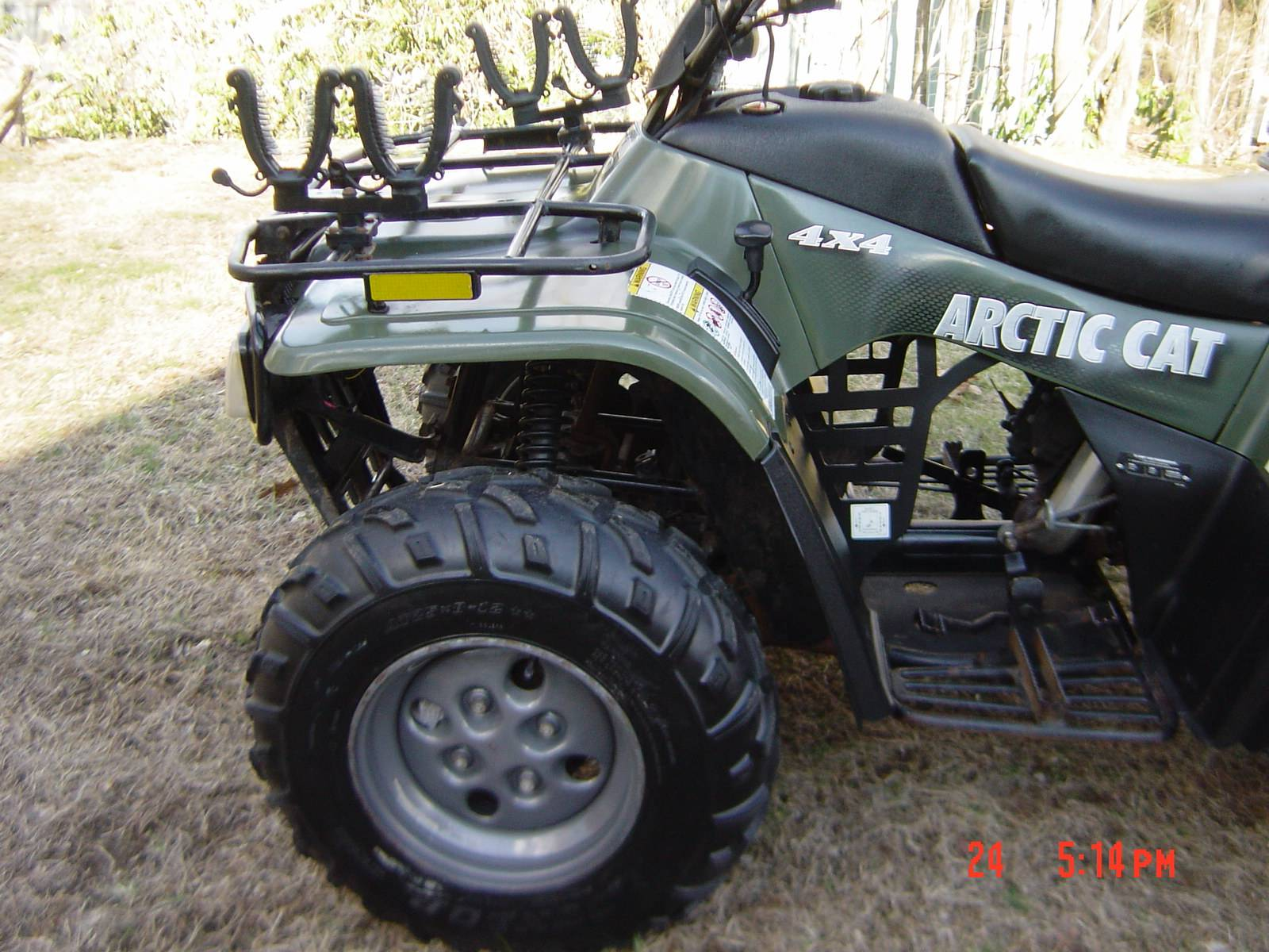 2004 Arctic Cat 250 4x4 in Brewster, New York - Photo 12