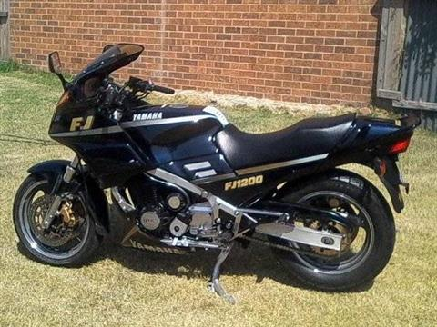 1989 Yamaha FJ1200 in Edwardsville, Illinois