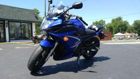 2009 Yamaha FZ6R in Edwardsville, Illinois - Photo 4