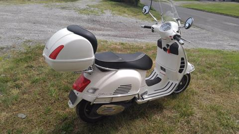 2009 Vespa GTS 300 Super in Edwardsville, Illinois