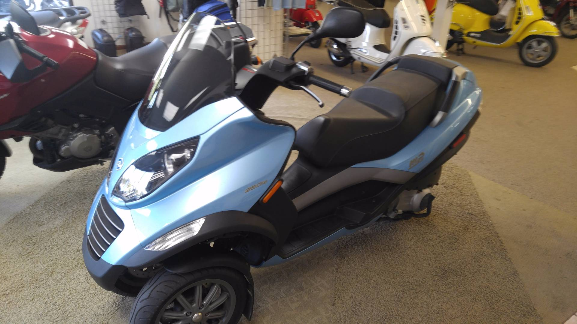 2007 Piaggio MP3 in Edwardsville, Illinois - Photo 1