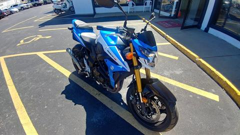 2015 Suzuki GSX-R750 in Edwardsville, Illinois - Photo 1