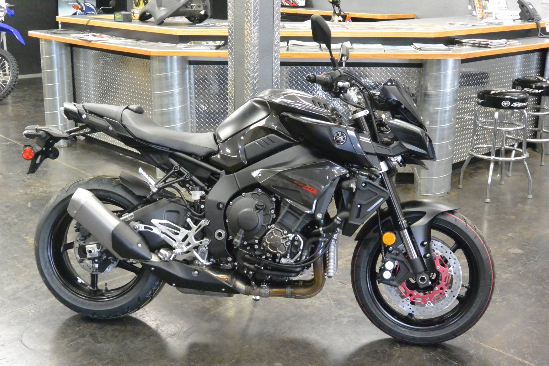 2017 Yamaha FZ10HB in Denver, Colorado