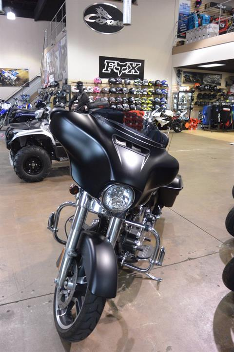 2014 Harley-Davidson FLHX in Denver, Colorado