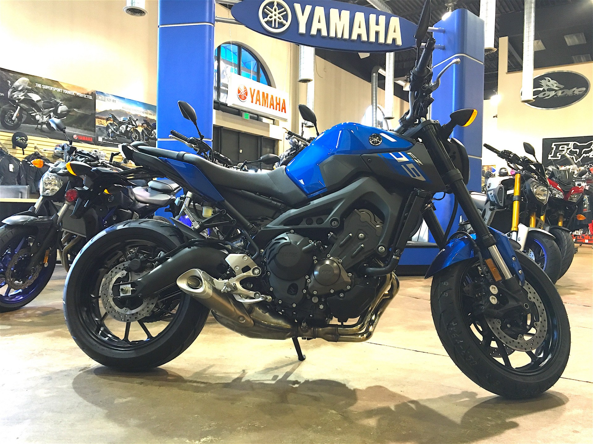 2016 Yamaha FZ-09 in Denver, Colorado