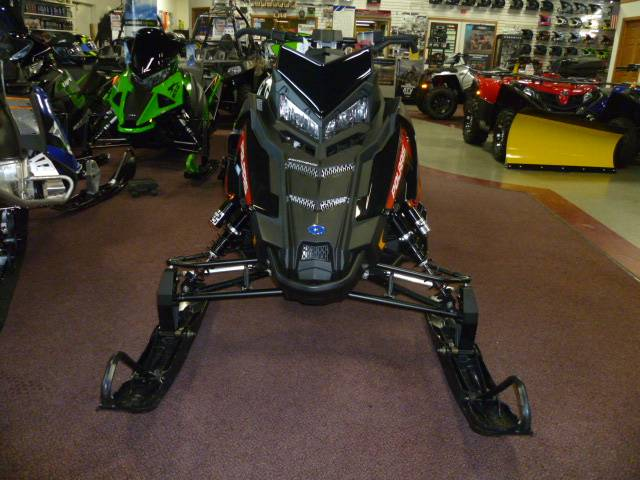 2018 Polaris 600 Switchback XCR SnowCheck Select in Union Grove, Wisconsin