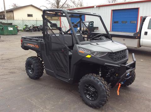 2020 Polaris Ranger 1000 Premium + Winter Prep Package in Union Grove, Wisconsin - Photo 2