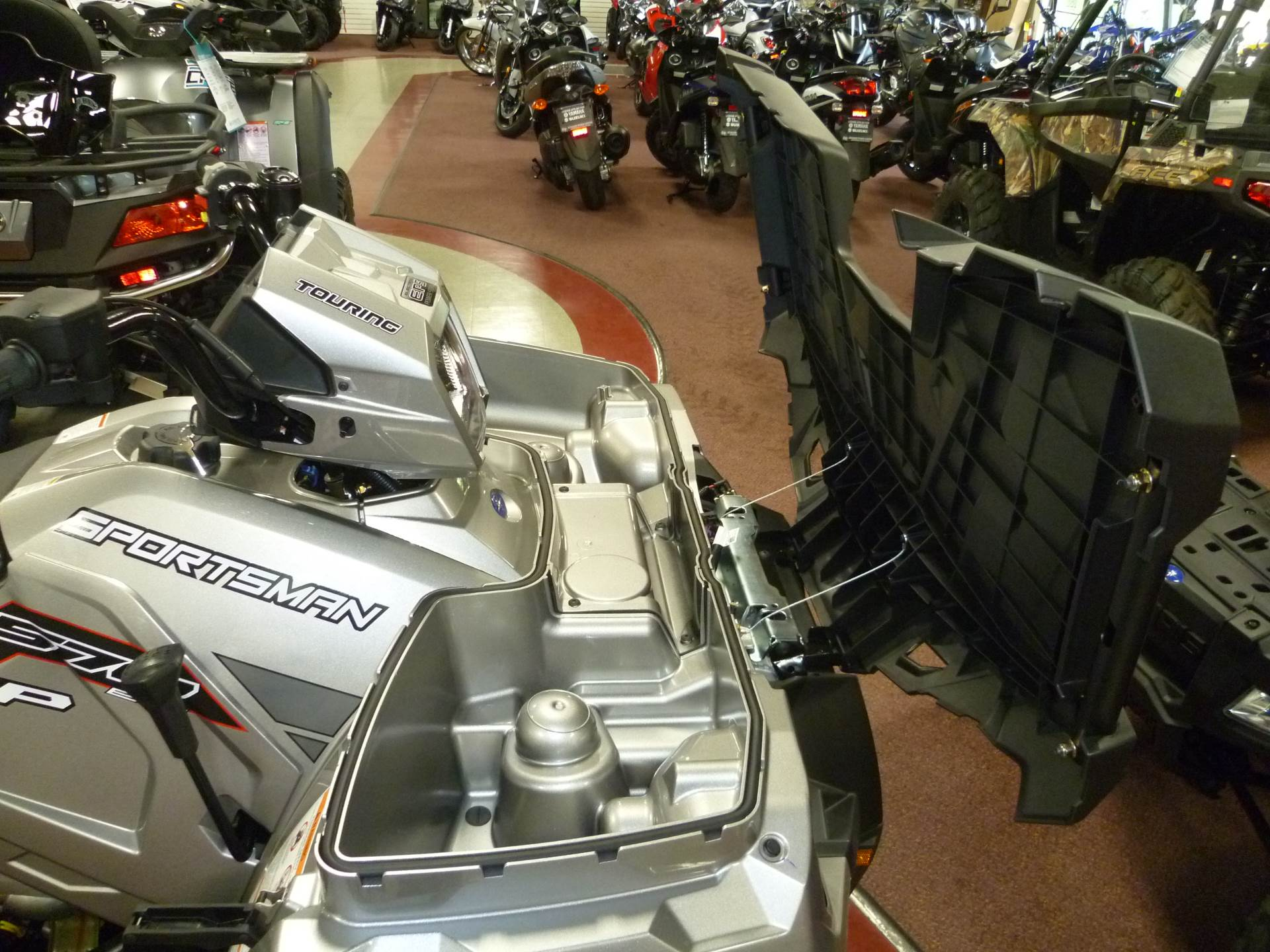 2017 Polaris Sportsman Touring 570 SP 9