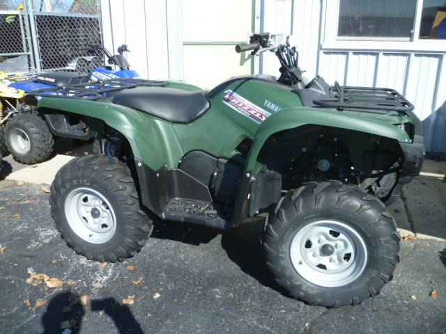 2013 Yamaha Grizzly 550 FI Auto. 4x4 EPS in Union Grove, Wisconsin