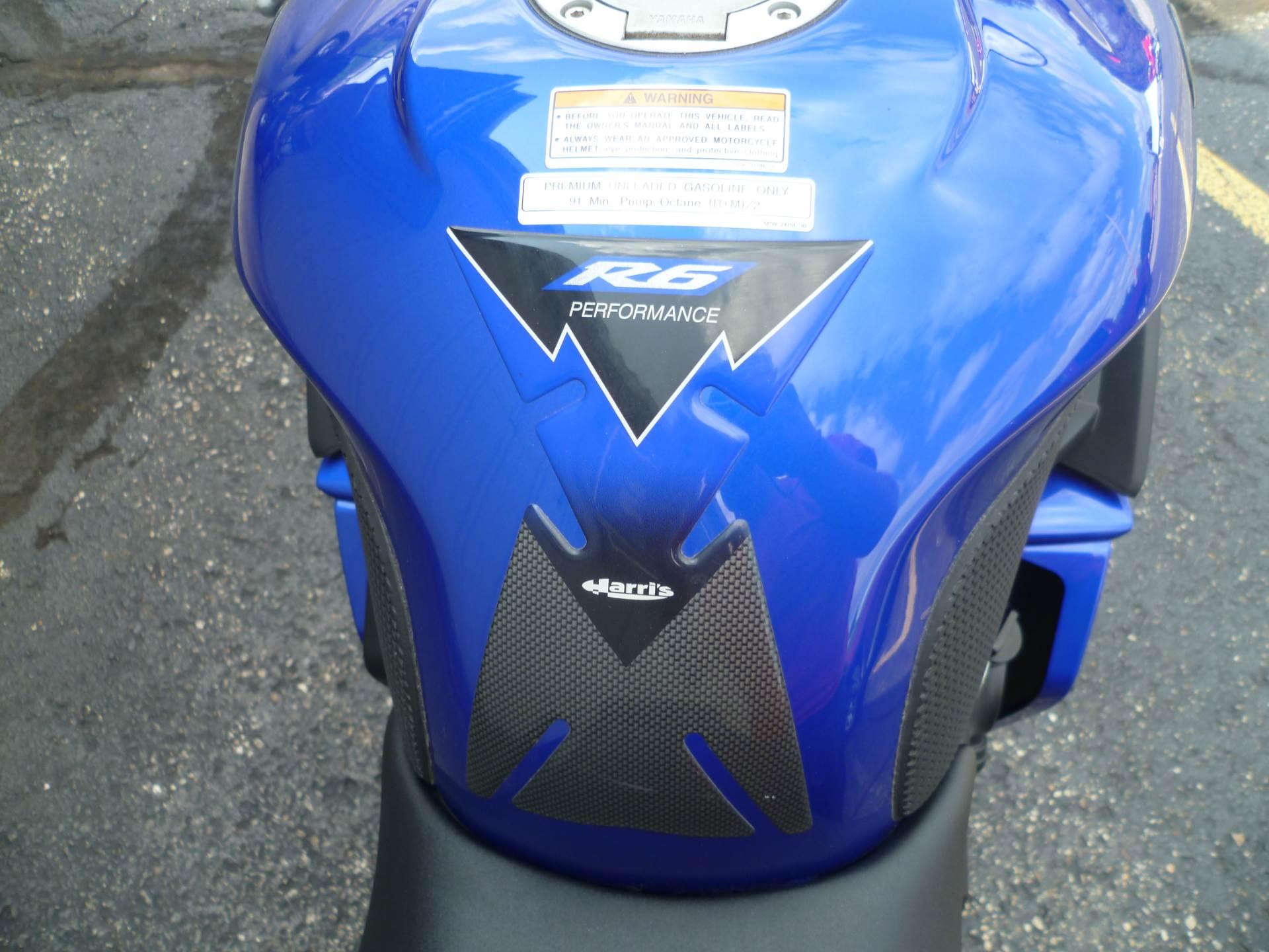 2004 Yamaha YZF-R6 9