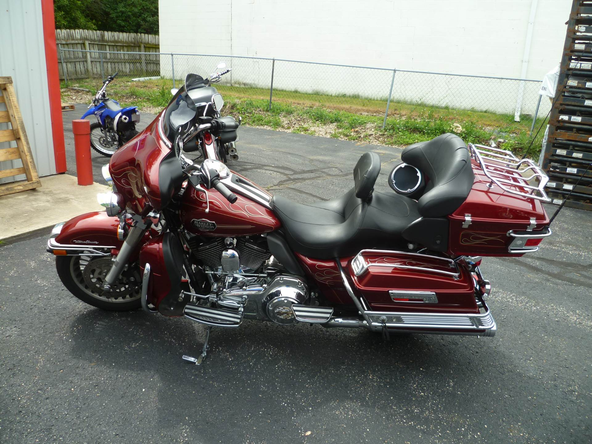 2010 Harley-Davidson Ultra Classic® Electra Glide® in Union Grove, Wisconsin - Photo 2