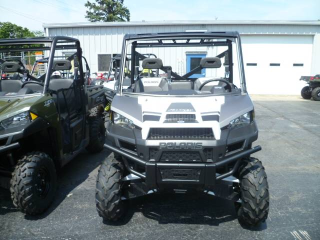 2016 Polaris Ranger XP 900 EPS in Union Grove, Wisconsin - Photo 2
