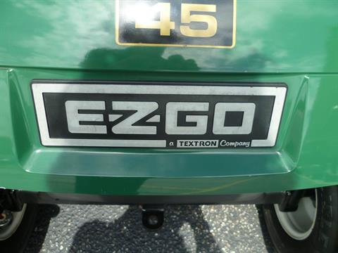 2011 E-Z-GO TXT Gasoline in Union Grove, Wisconsin - Photo 4