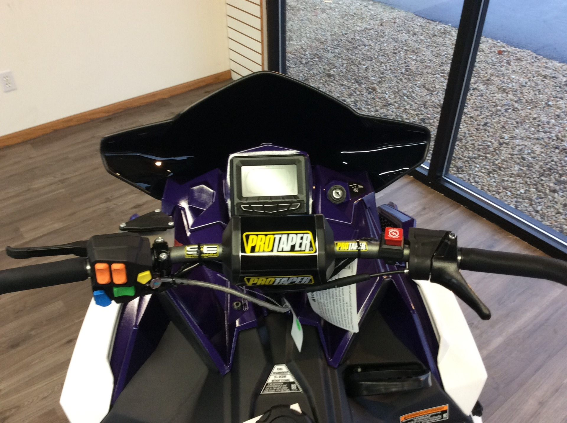 2021 Polaris 850 Switchback Assault 144 Factory Choice in Union Grove, Wisconsin - Photo 6