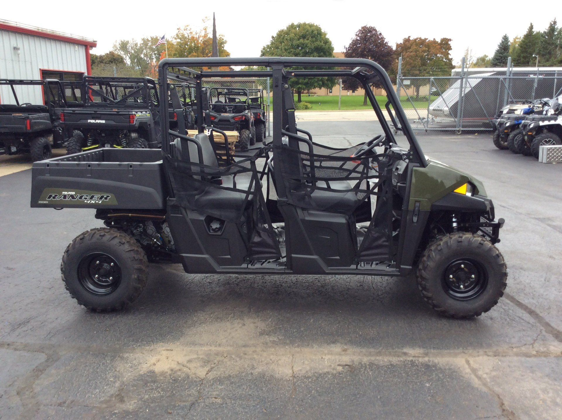 2018 Polaris Ranger Crew 570-4 in Union Grove, Wisconsin - Photo 4