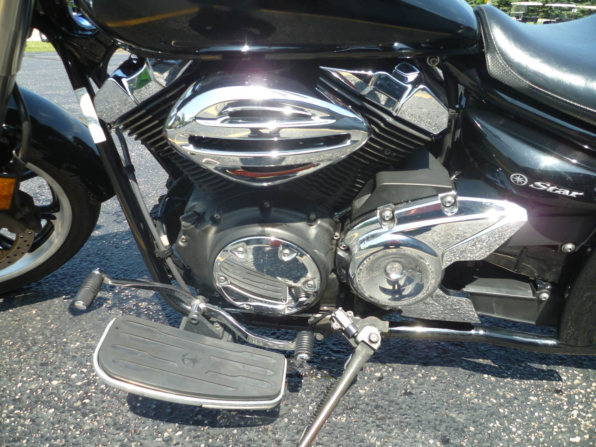 2011 Yamaha V Star 950 in Union Grove, Wisconsin - Photo 10