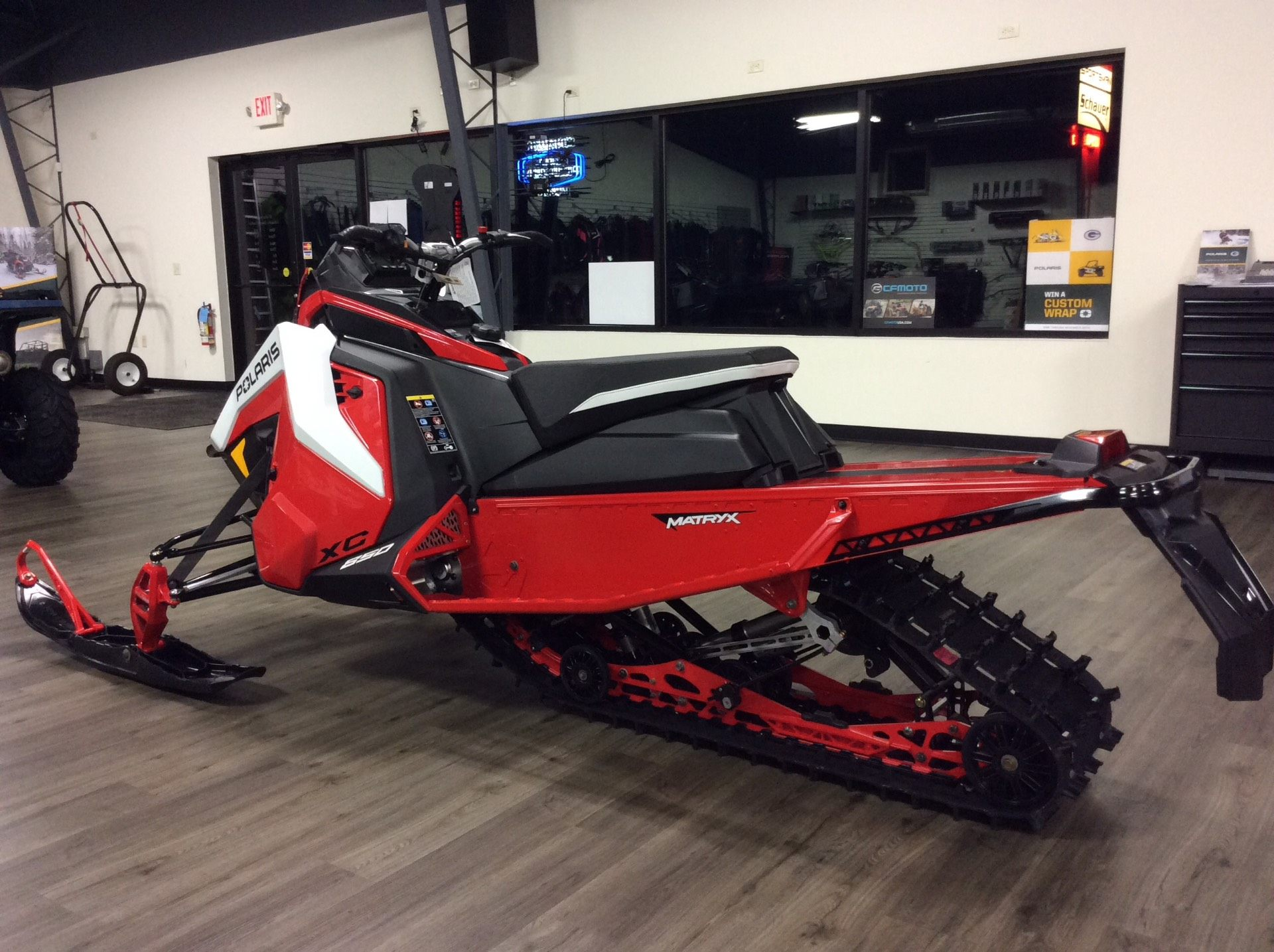 2021 Polaris 850 Indy XC 137 Launch Edition Factory Choice in Union Grove, Wisconsin - Photo 4