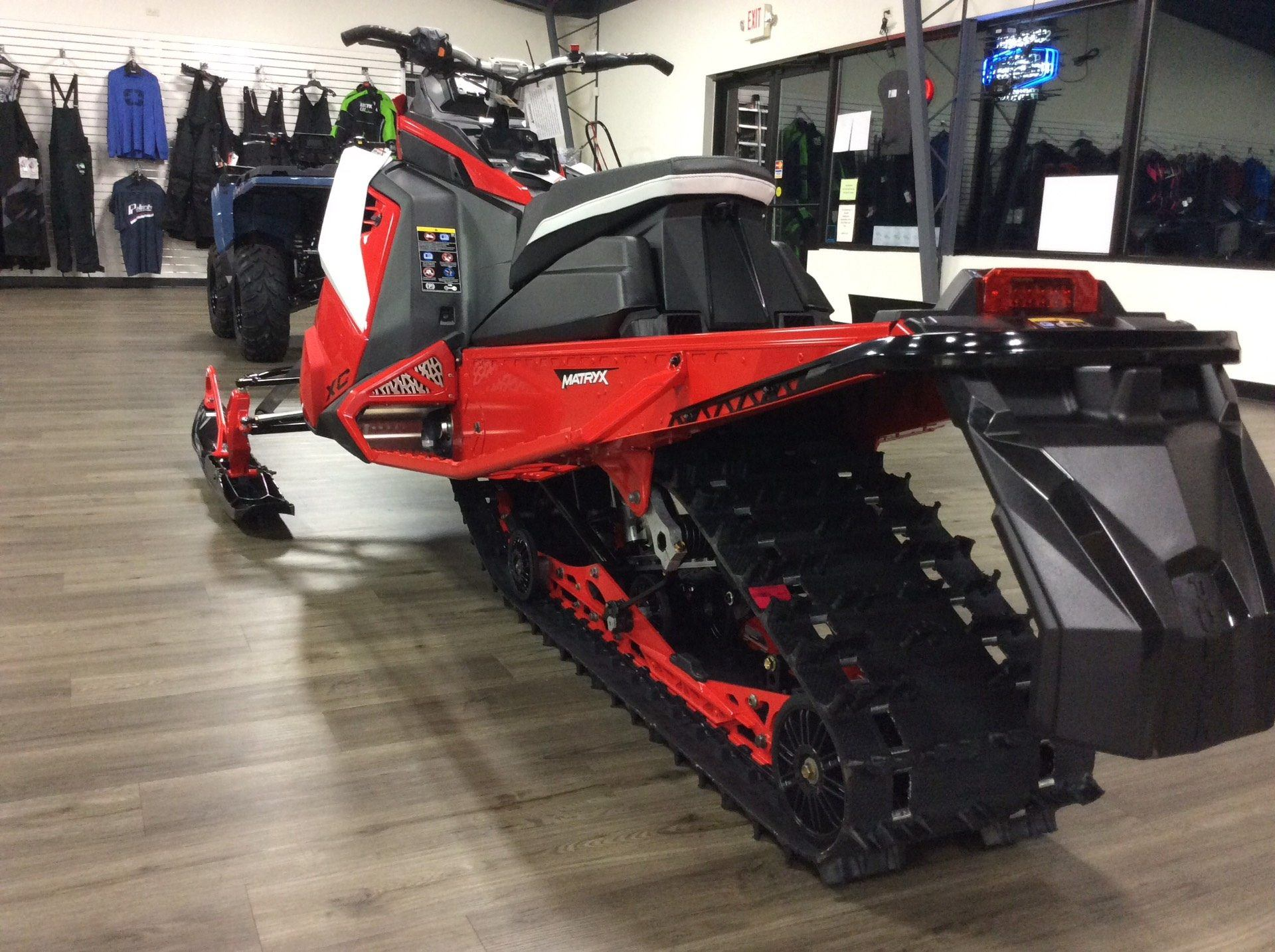 2021 Polaris 850 Indy XC 137 Launch Edition Factory Choice in Union Grove, Wisconsin - Photo 5