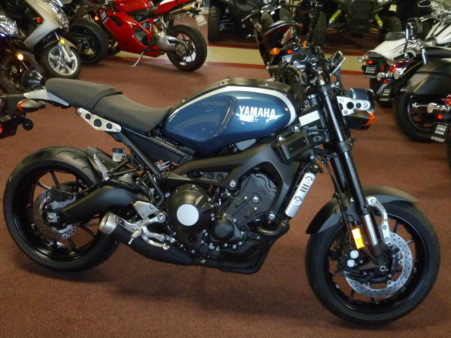 2017 Yamaha XSR900 1