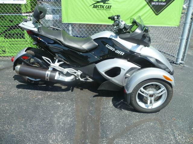 2008 Can-Am Spyder™ GS SM5 in Union Grove, Wisconsin