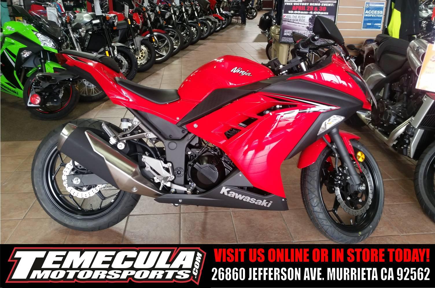 2016 Kawasaki Ninja 300 in Murrieta, California