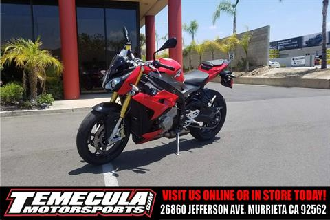 2016 BMW S 1000 R in Murrieta, California
