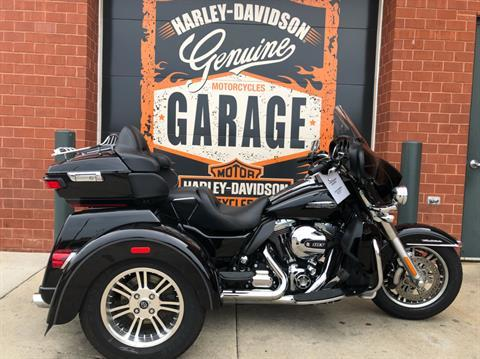 2014 Harley-Davidson Tri Glide® Ultra in Waterford, Michigan