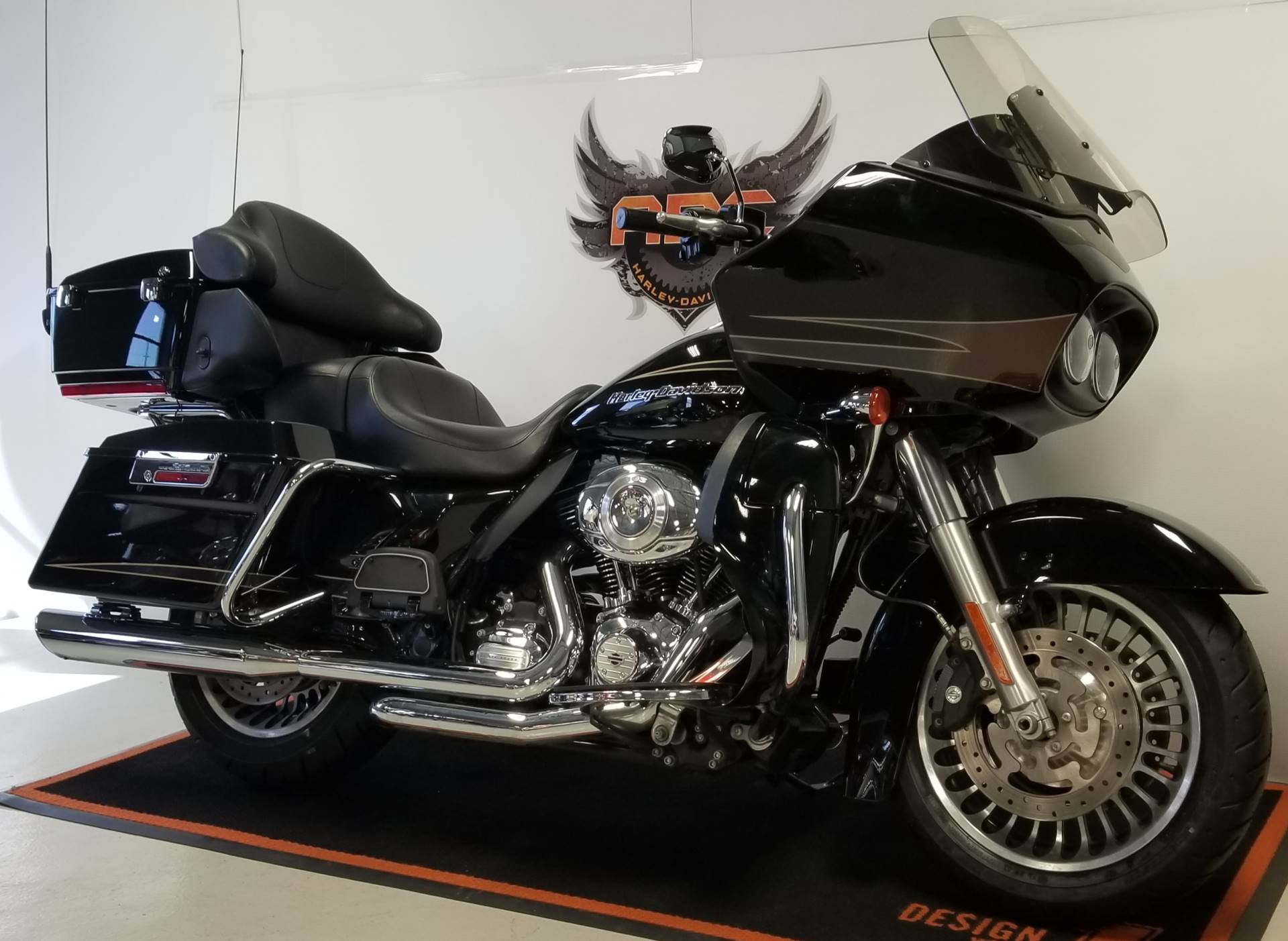 2012 Harley-Davidson Road Glide® Ultra in Waterford, Michigan