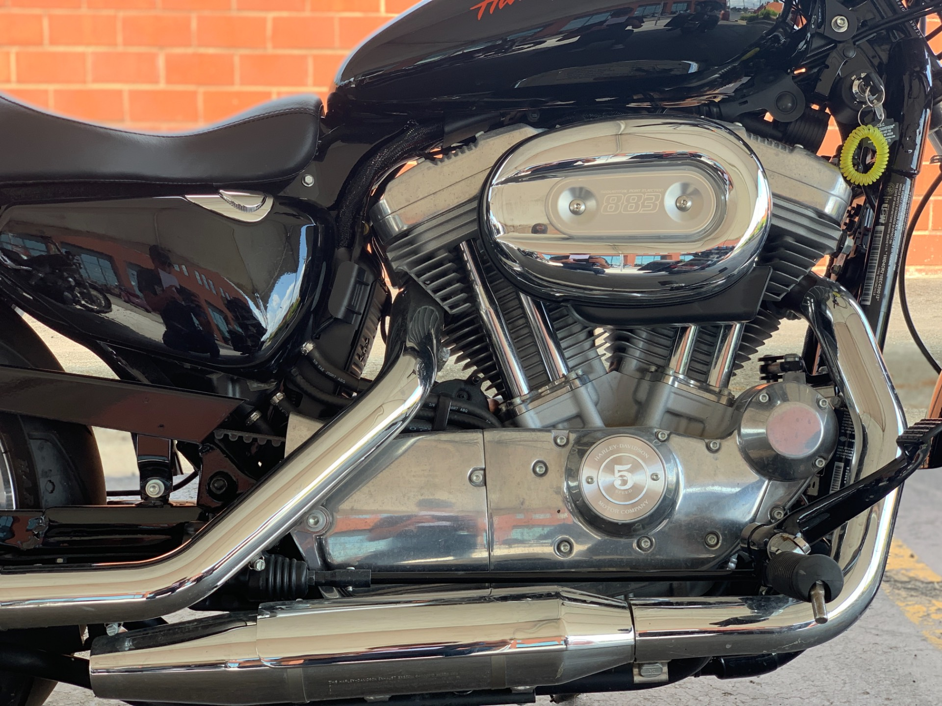 2014 Harley-Davidson XL883L in Waterford, Michigan - Photo 4