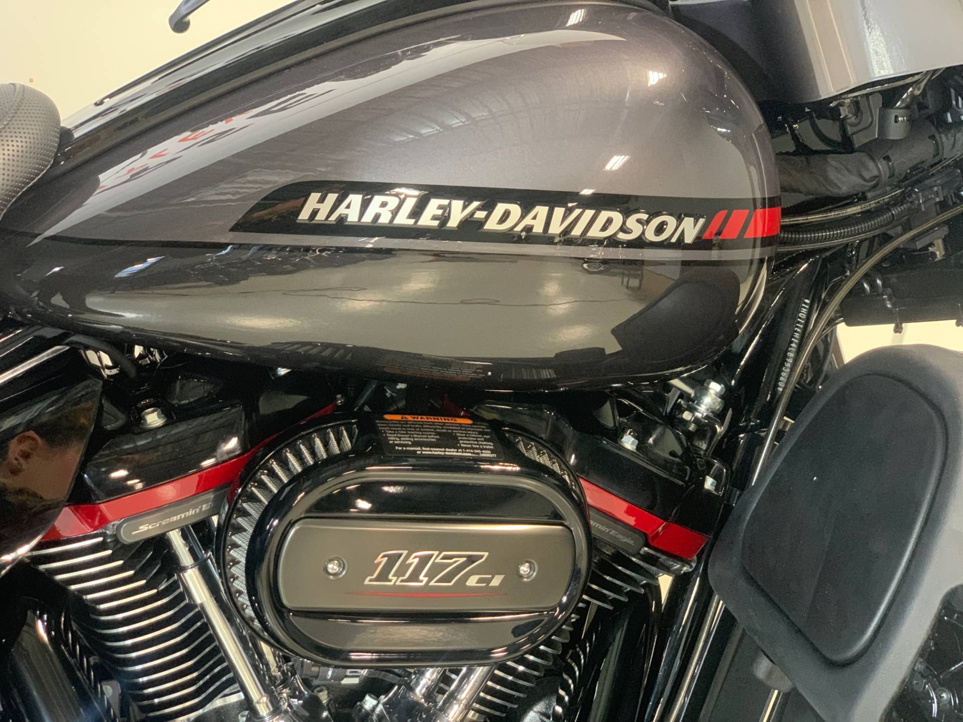 2020 Harley-Davidson CVO Limited in Waterford, Michigan - Photo 2