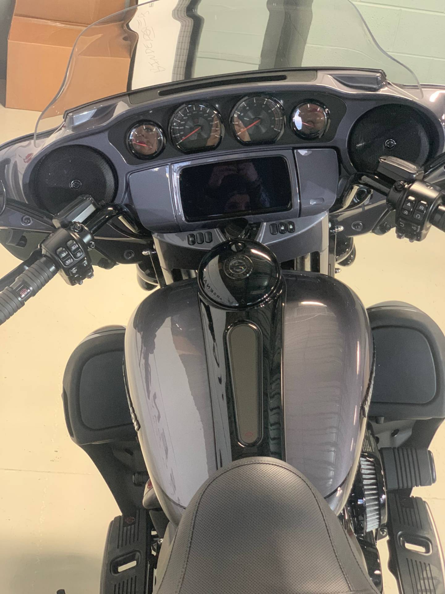 2020 Harley-Davidson CVO Limited in Waterford, Michigan - Photo 5