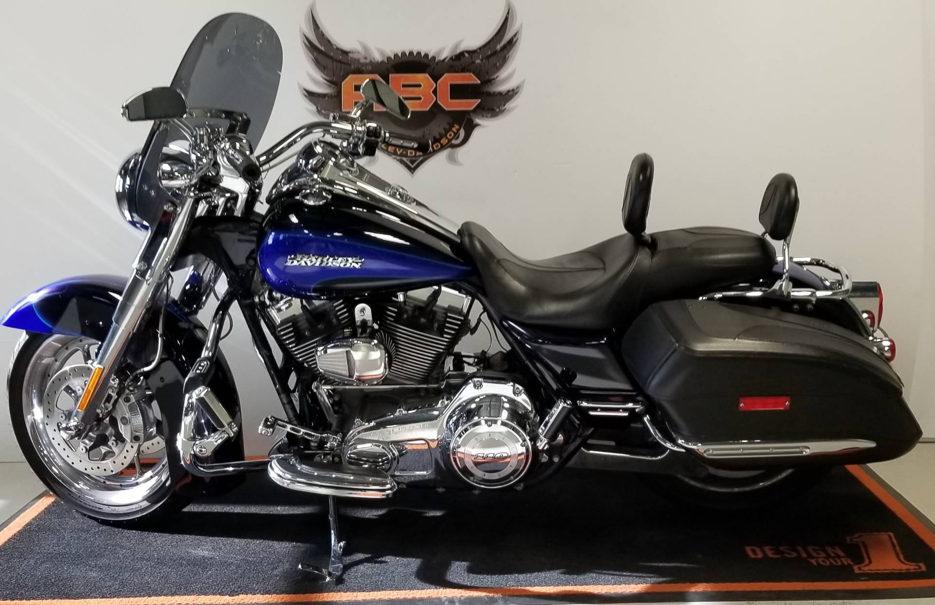 2008 Harley-Davidson CVO™ Screamin' Eagle® Road King® in Waterford, Michigan