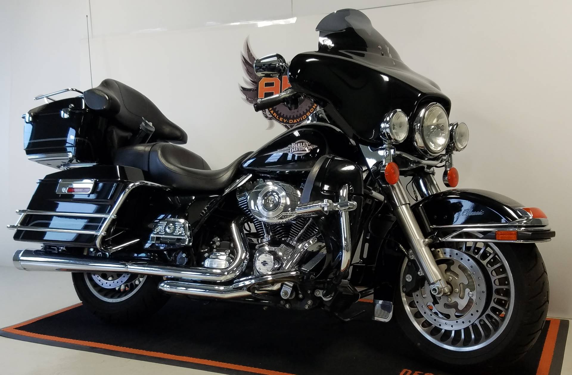 2012 Harley-Davidson Electra Glide® Classic in Waterford, Michigan